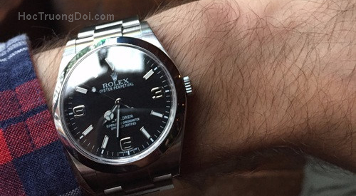 Học được gì khi tay đeo đồng hồ Rolex 6.000 USD mà vẫn không được chú ý